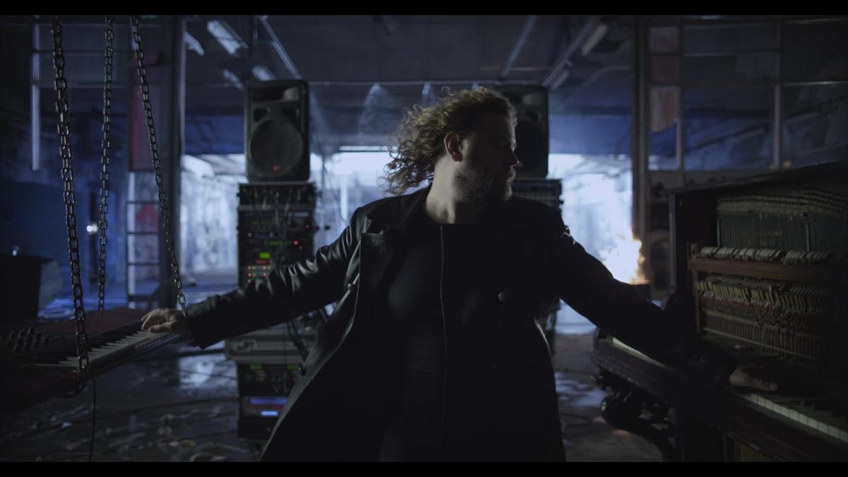 """""""Zamansız Şarkılar""""ın ilkvideosu"""